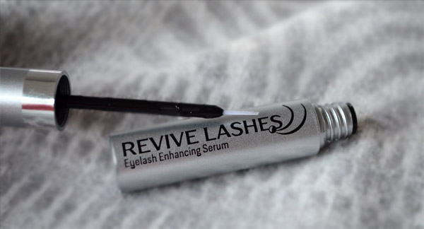 revive_lashes_floslek